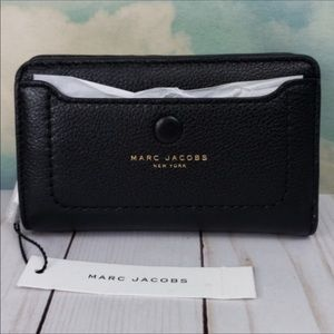 Marc Jacobs empire city compact wallet